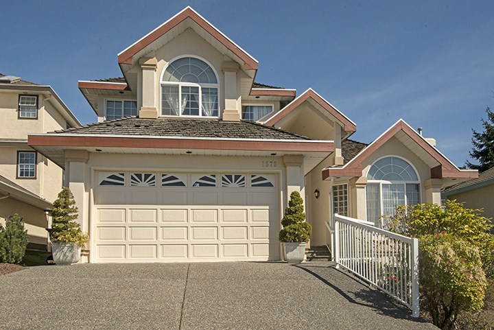 Main Photo: 1573 LODGEPOLE PLACE in : Westwood Plateau House for sale : MLS® # R2057584