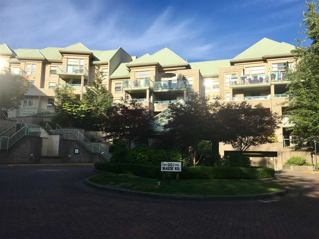 "Main Photo: 205 301 MAUDE Road in Port Moody: North Shore Pt Moody Condo for sale in ""COOPER'S LANDING"" : MLS®# R2199394"