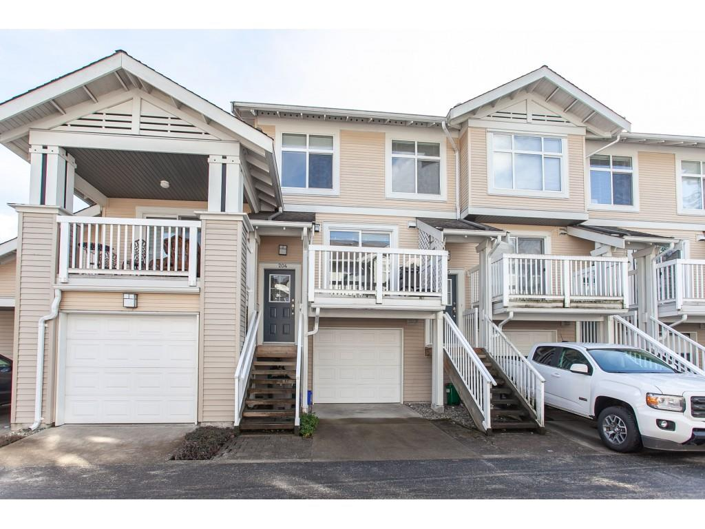 FEATURED LISTING: 204 20033 70 Avenue Langley