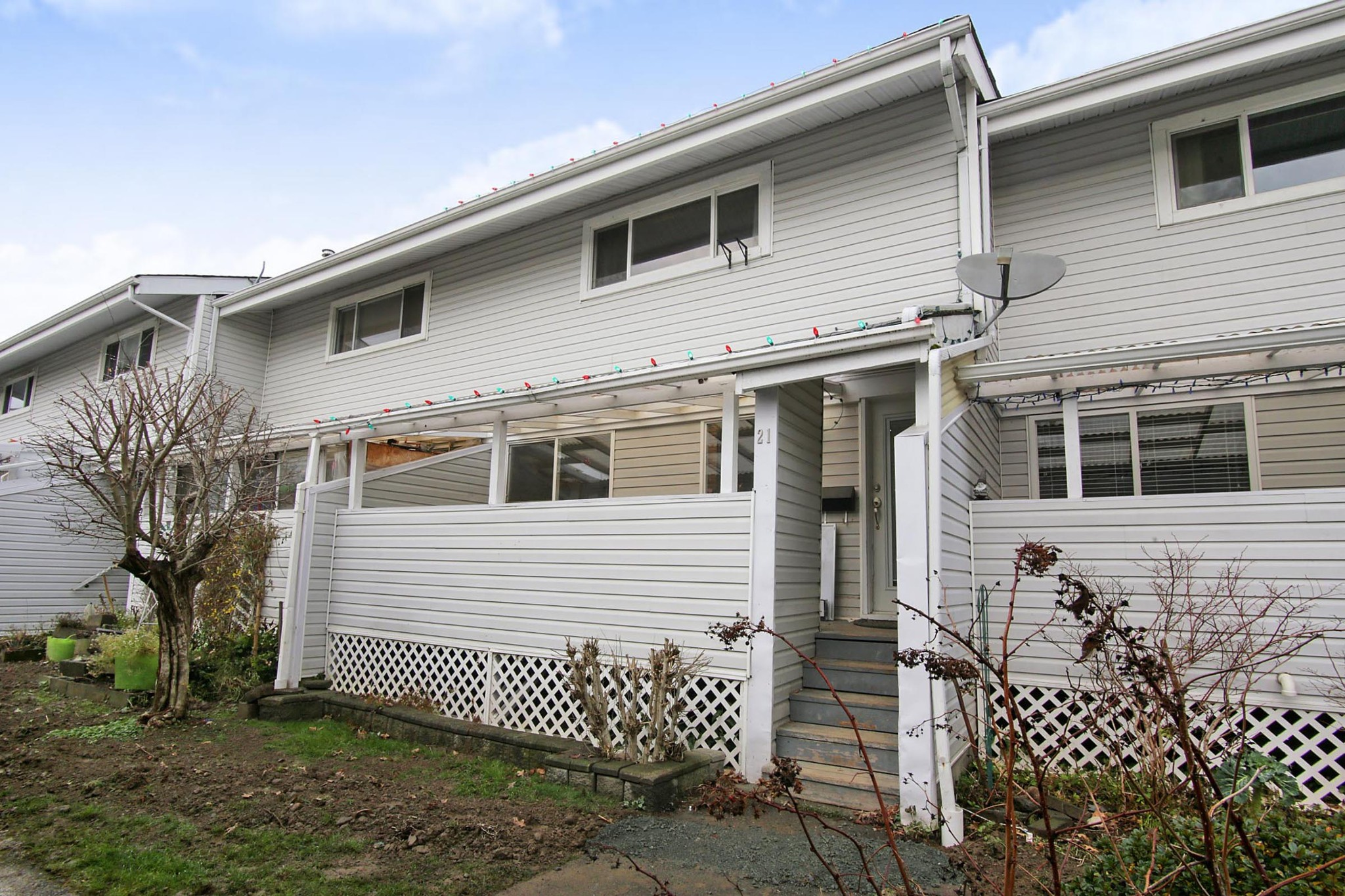 FEATURED LISTING: 21 45215 WOLFE Road Chilliwack
