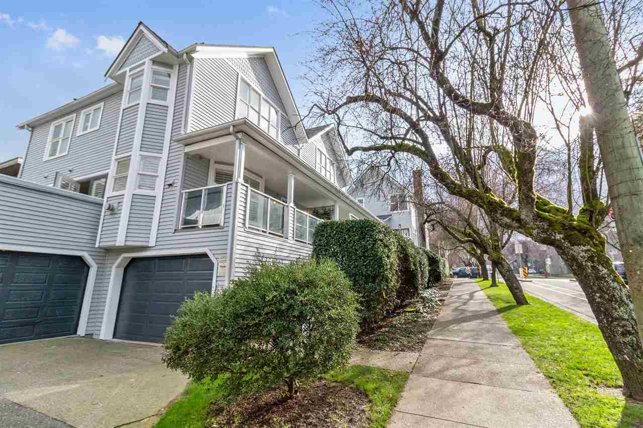 FEATURED LISTING: 1840 CYPRESS Street Vancouver