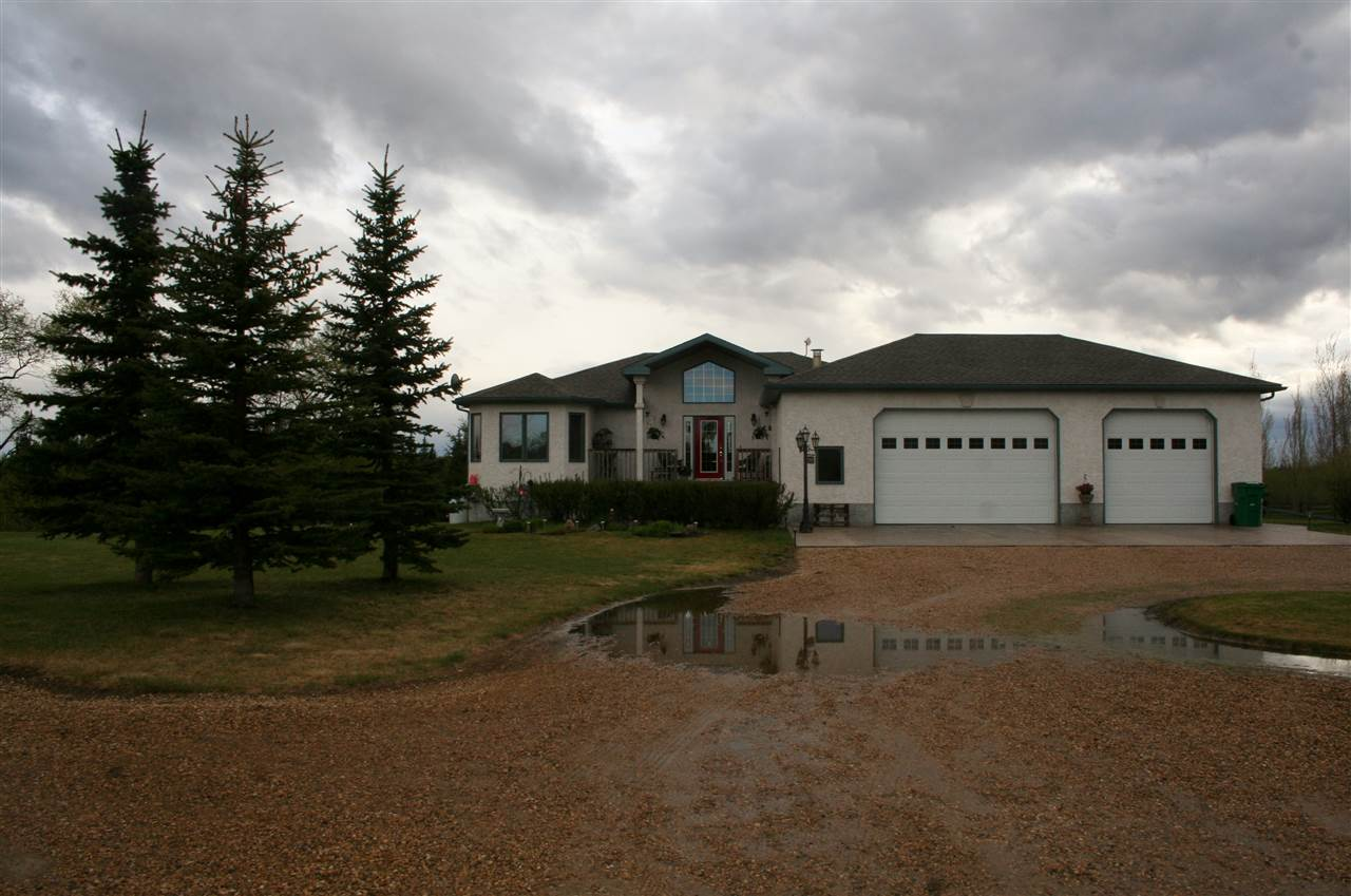 Main Photo: 56, 240065 TWP RD 472 Crescent: Rural Wetaskiwin County House for sale : MLS® # E4064869