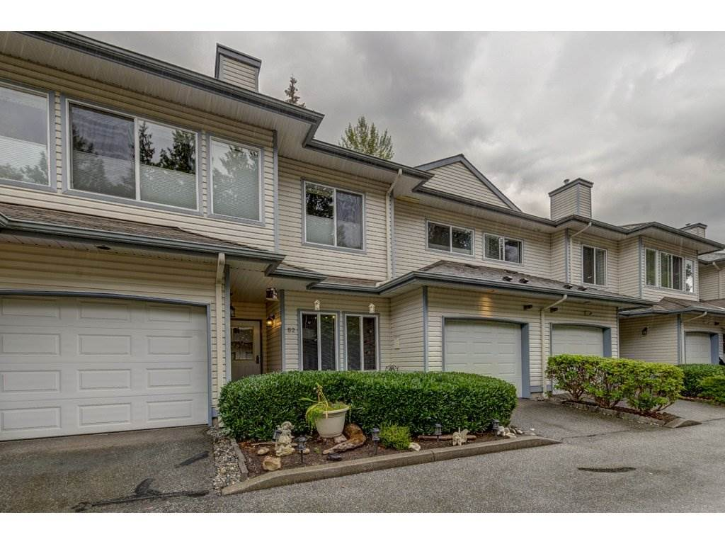 "Main Photo: 52 21579 88B Avenue in Langley: Walnut Grove Townhouse for sale in ""Carriage Park"" : MLS®# R2305558"