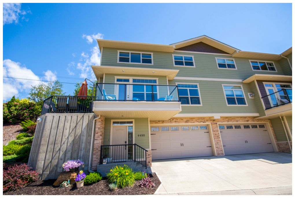 FEATURED LISTING: 4480 14 Street Northeast Salmon Arm