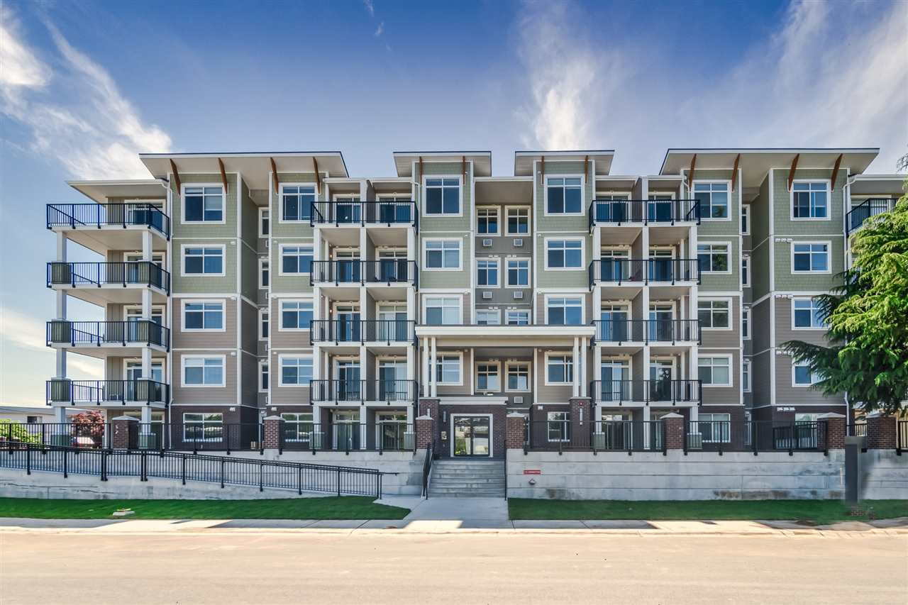 FEATURED LISTING: 201 - 20696 EASTLEIGH Crescent Langley