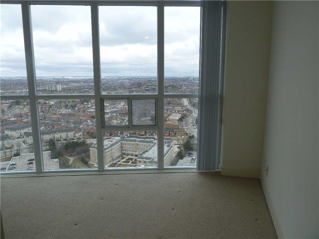 Photo 11: 2602 80 Absolute Avenue in Mississauga: City Centre Condo for lease : MLS® # W3442222