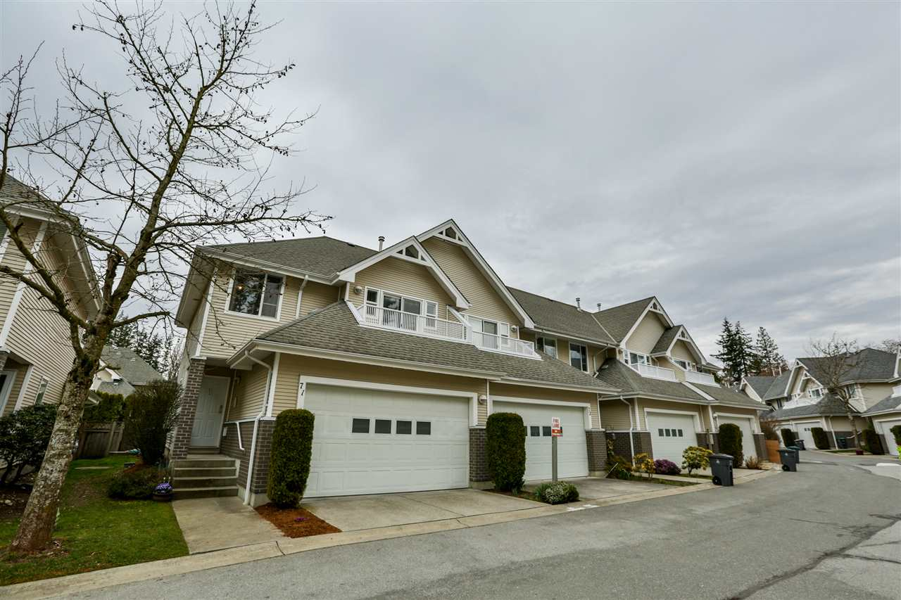 "Main Photo: 71 13918 58 Avenue in Surrey: Panorama Ridge Townhouse for sale in ""ALDER PARK"" : MLS®# R2245475"
