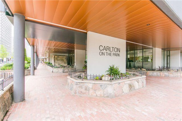 FEATURED LISTING: 1106 130 Carlton Street East Toronto