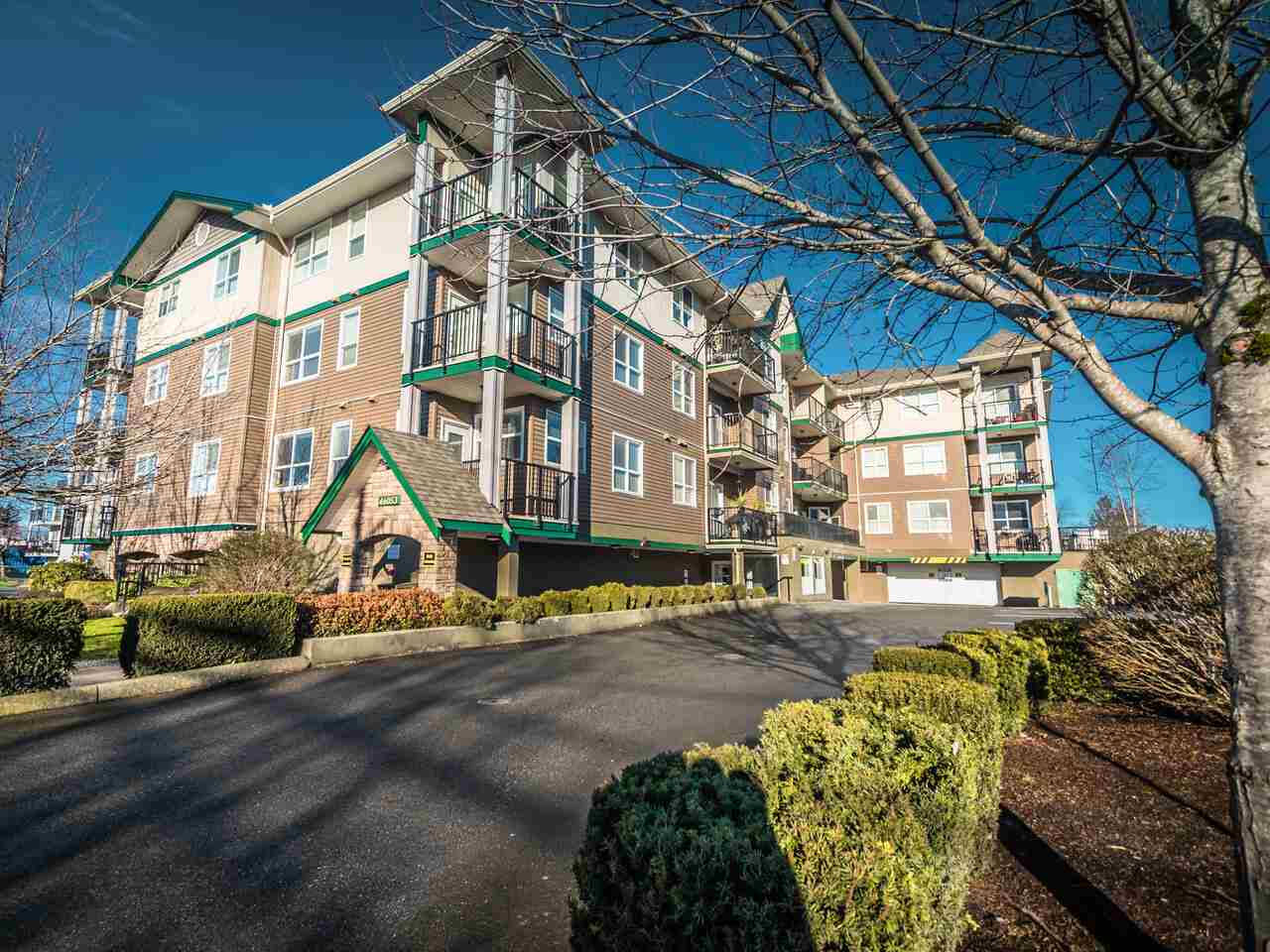 FEATURED LISTING: 202 - 46053 CHILLIWACK CENTRAL Road Chilliwack