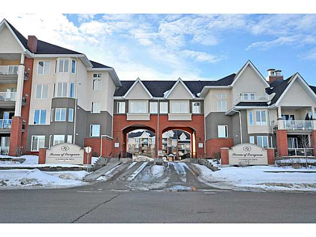 Main Photo: 147 15 EVERSTONE Drive SW in CALGARY: Evergreen Condo for sale (Calgary)  : MLS® # C3596971