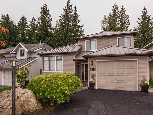 Main Photo: 6513 WOODGLEN Street in N. Delta: Home for sale : MLS®# F1411044