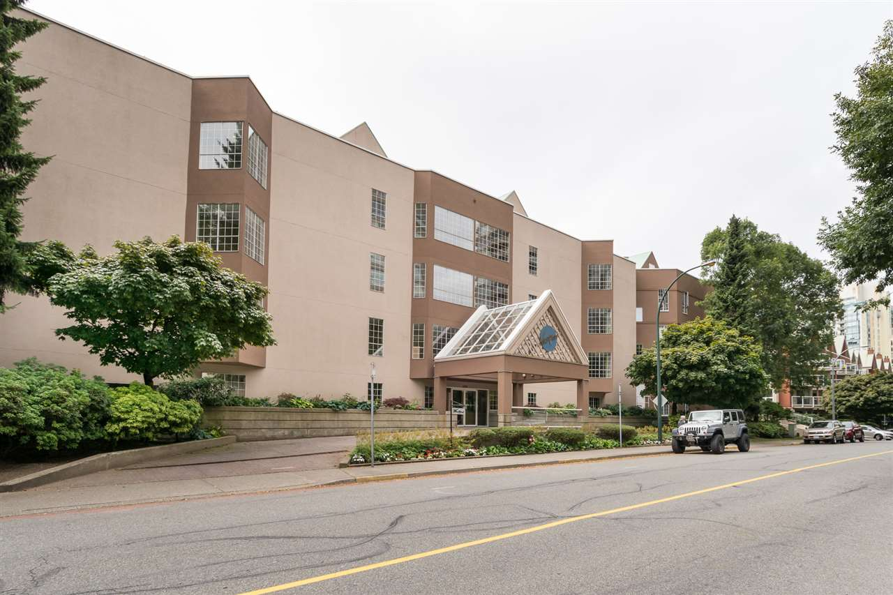 "Main Photo: 210 1150 QUAYSIDE Drive in New Westminster: Quay Condo for sale in ""Westport"" : MLS® # R2198911"