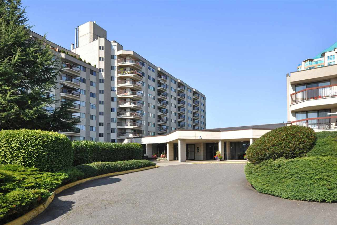 "Main Photo: 814 31955 OLD YALE Road in Abbotsford: Abbotsford West Condo for sale in ""Evergreen Village"" : MLS®# R2259110"