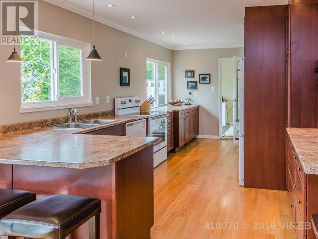 Photo 17: 129 Arbutus Crescent in Ladysmith: House for sale : MLS® # 410070