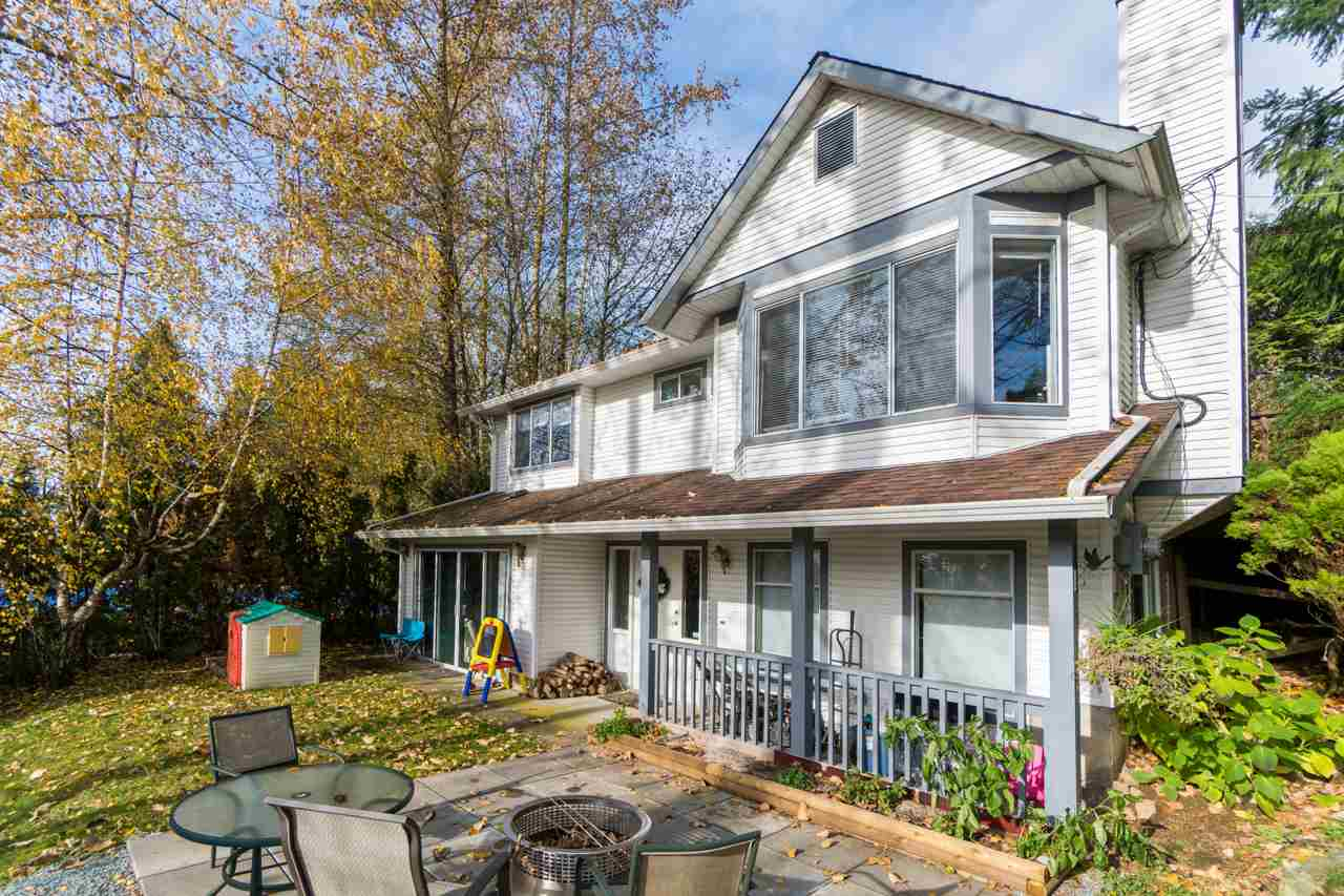 Main Photo: 32350 BEAR Crescent in Mission: Mission BC House for sale : MLS®# R2230809