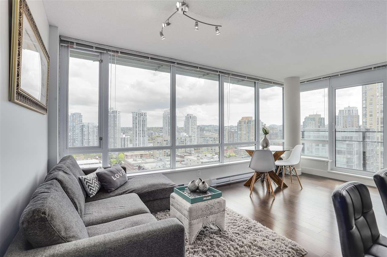 "Main Photo: 1701 1088 RICHARDS Street in Vancouver: Yaletown Condo for sale in ""RICHARDS"" (Vancouver West)  : MLS®# R2265083"