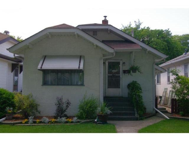 Main Photo: 738 Ingersoll Street in WINNIPEG: West End / Wolseley Residential for sale (West Winnipeg)  : MLS®# 1115065