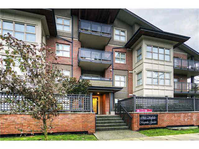 FEATURED LISTING: 306 - 1988 SUFFOLK Avenue Port Coquitlam