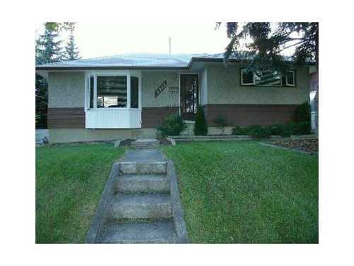 Main Photo: 3515 40 Street SW in Calgary: Bungalow for sale : MLS® # C3584017