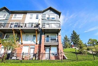 Main Photo: 94 2560 Pegasus Boulevard in Edmonton: Zone 27 Townhouse for sale : MLS® # E4078755
