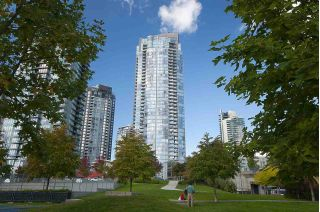 "Main Photo: 506 1408 STRATHMORE Mews in Vancouver: False Creek Condo for sale in ""West One"" (Vancouver West)  : MLS® # R2241979"