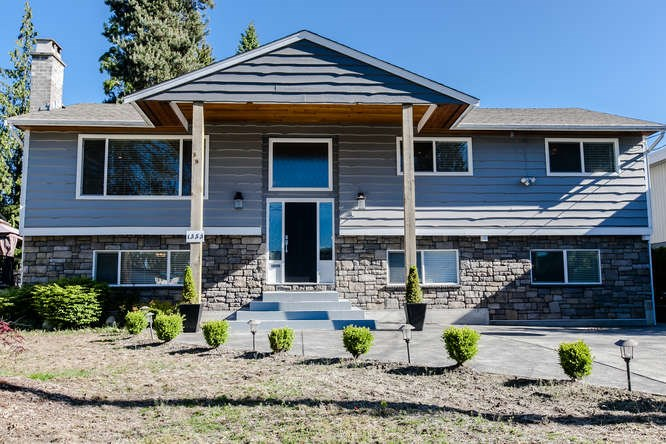 FEATURED LISTING: 1353 GROVER Avenue Coquitlam