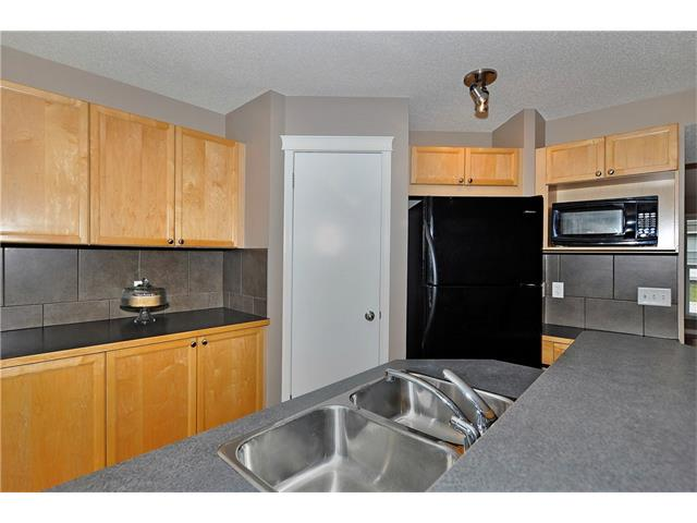 Photo 8: 32 TUSCANY RIDGE Way NW in Calgary: Tuscany House for sale : MLS® # C4086936