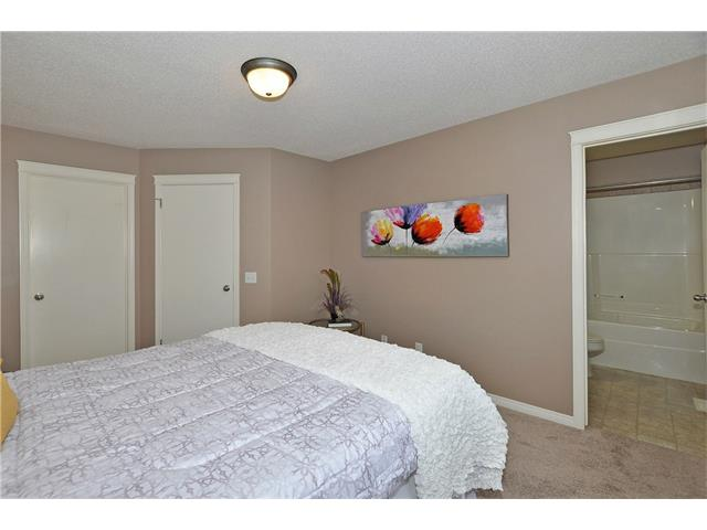 Photo 18: 32 TUSCANY RIDGE Way NW in Calgary: Tuscany House for sale : MLS® # C4086936