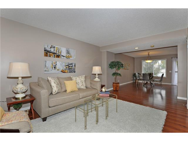 Photo 4: 32 TUSCANY RIDGE Way NW in Calgary: Tuscany House for sale : MLS® # C4086936