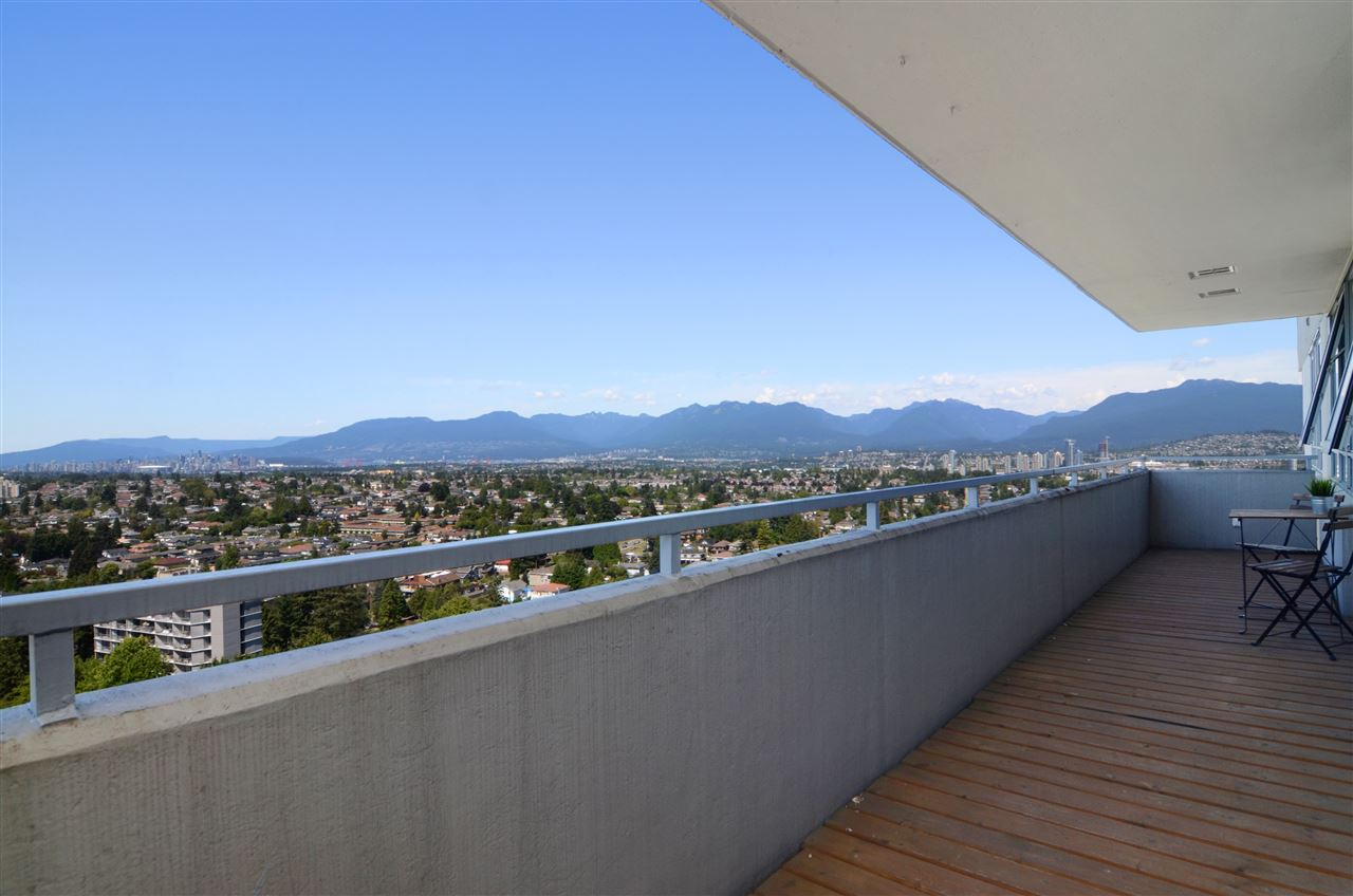 FEATURED LISTING: 2104 - 5652 PATTERSON Avenue Burnaby
