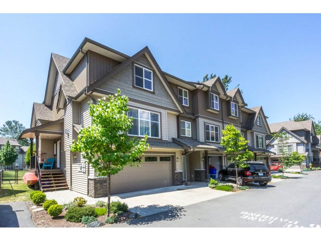 "Main Photo: 57 45085 WOLFE Road in Chilliwack: Chilliwack W Young-Well Townhouse for sale in ""TOWNSEND TERRACE"" : MLS®# R2185437"