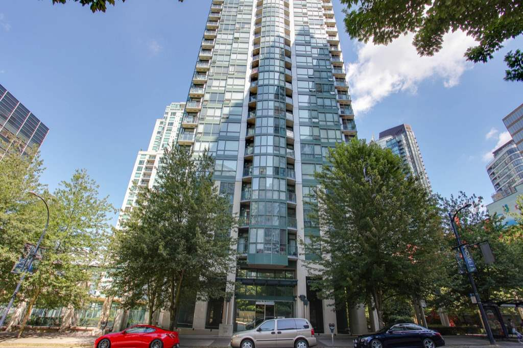 "Main Photo: 1206 1239 W GEORGIA Street in Vancouver: Coal Harbour Condo for sale in ""VENUS"" (Vancouver West)  : MLS® # R2198728"