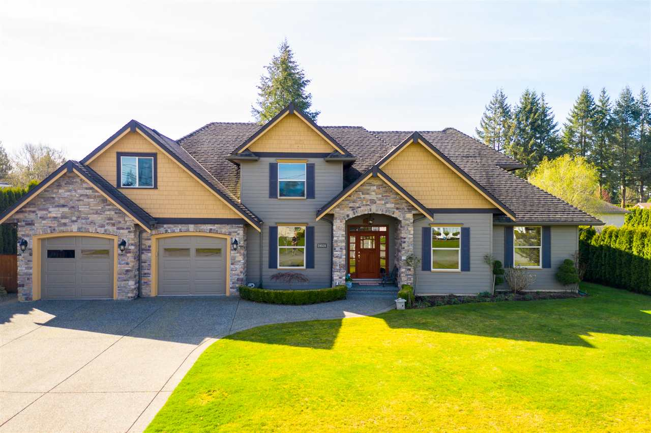 FEATURED LISTING: 24538 56A Avenue Langley