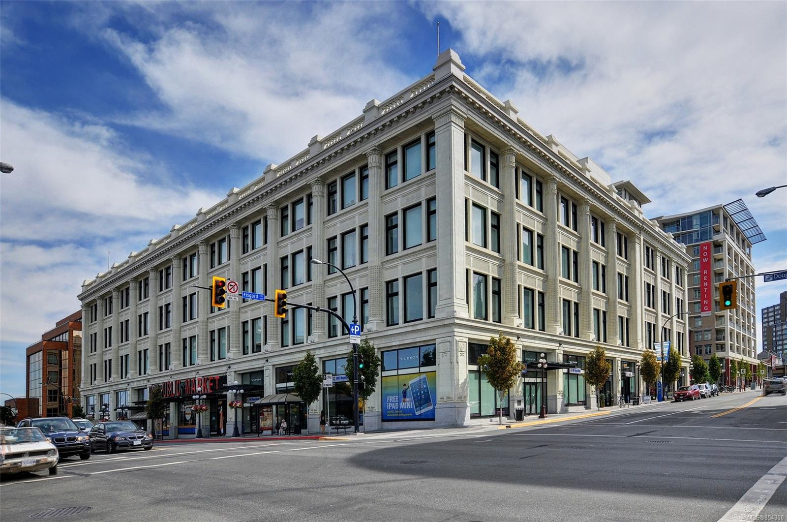 FEATURED LISTING: 310 - 770 Fisgard St