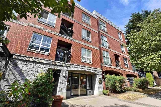 "Main Photo: 409 1989 DUNBAR Street in Vancouver: Kitsilano Condo for sale in ""SONESTA"" (Vancouver West)  : MLS® # R2203807"