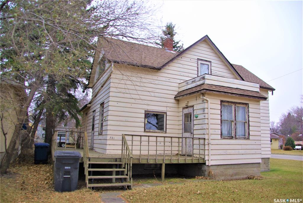 FEATURED LISTING: 721 Main Street Kipling