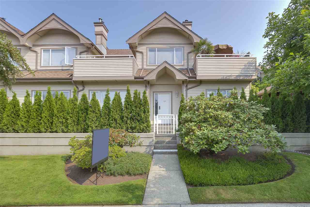 Main Photo: 102 250 E 11TH Street in North Vancouver: Central Lonsdale Townhouse for sale : MLS® # R2195368