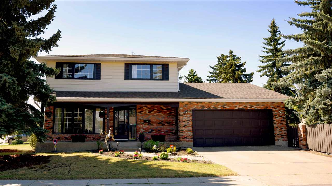Main Photo: 11707 25 Avenue in Edmonton: Zone 16 House for sale : MLS®# E4112539
