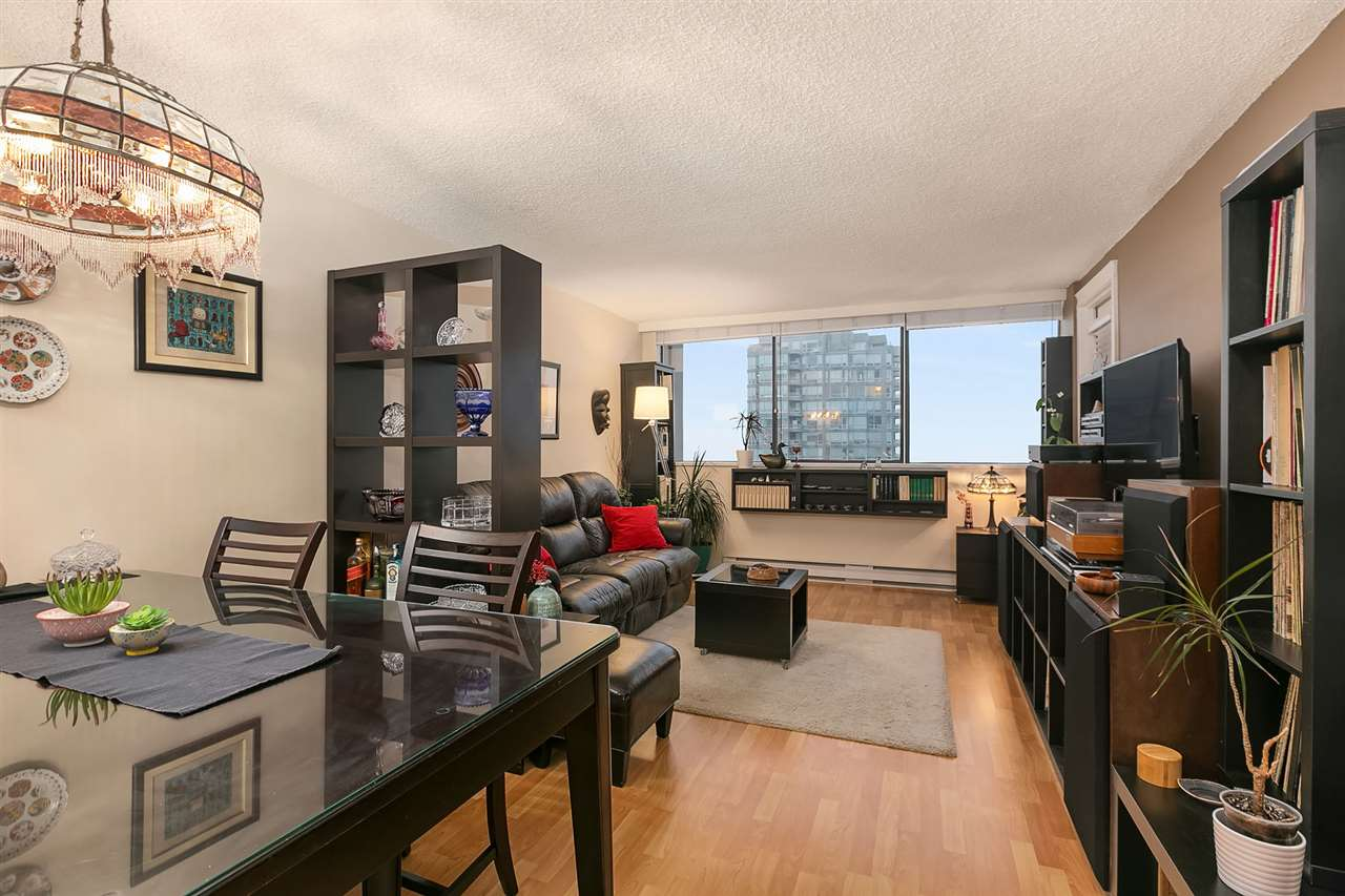 FEATURED LISTING: 1607 - 9521 CARDSTON Court Burnaby
