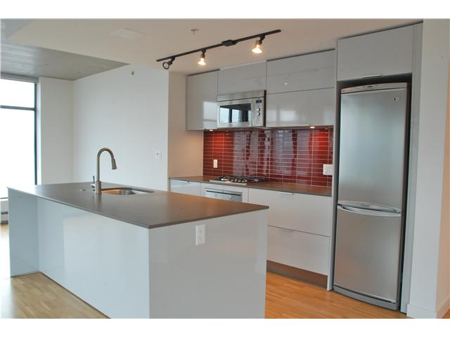 Photo 2: 2110 128 W CORDOVA Street in Vancouver: Downtown VW Condo for sale (Vancouver West)  : MLS(r) # V924477