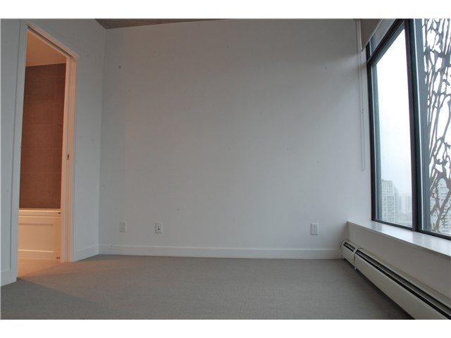 Photo 8: 2110 128 W CORDOVA Street in Vancouver: Downtown VW Condo for sale (Vancouver West)  : MLS(r) # V924477