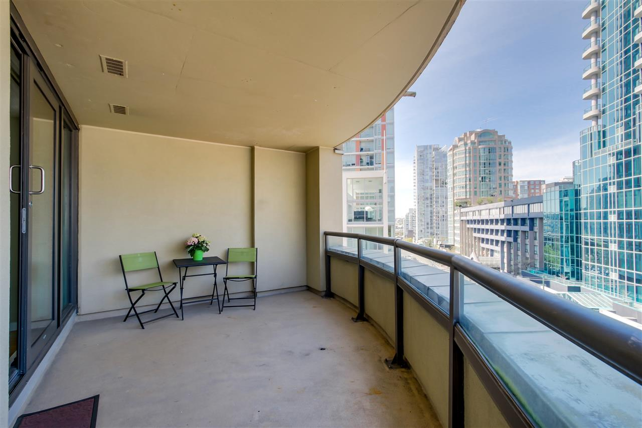 FEATURED LISTING: 604 - 789 DRAKE Street Vancouver
