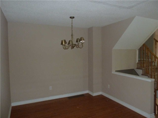 Photo 7: 3342 Redpath Circle in Mississauga: Lisgar House (3-Storey) for sale : MLS® # W3686017