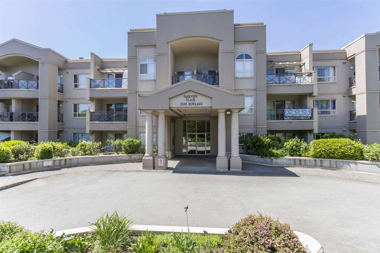 "Main Photo: 228 2109 ROWLAND Street in Port Coquitlam: Central Pt Coquitlam Condo for sale in ""Parkview Place"" : MLS®# R2269188"