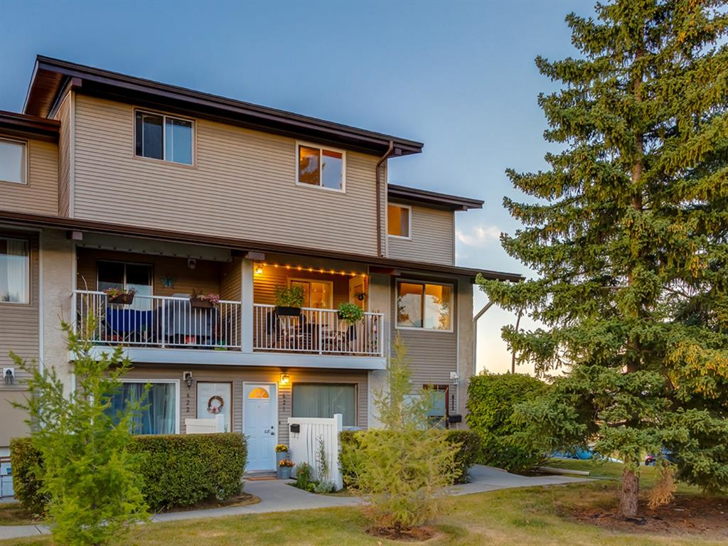 FEATURED LISTING: 621 - 200 BROOKPARK Drive Southwest Calgary