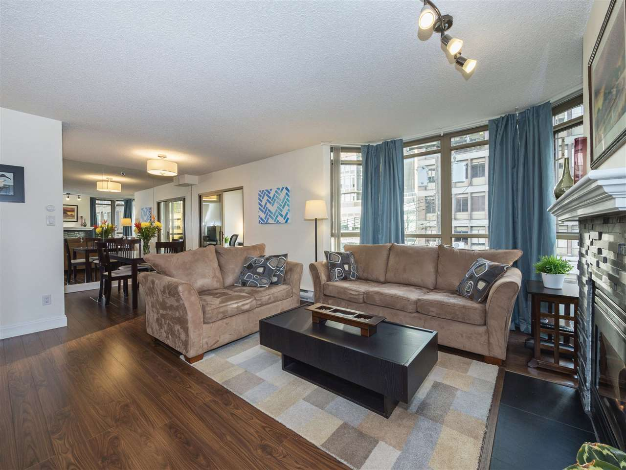 FEATURED LISTING: 506 - 867 HAMILTON Street Vancouver