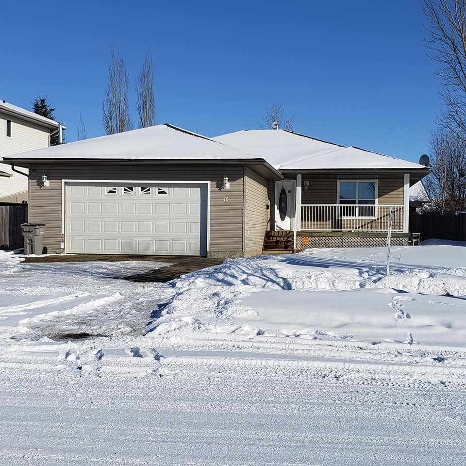 FEATURED LISTING: 16 Westview Drive Calmar
