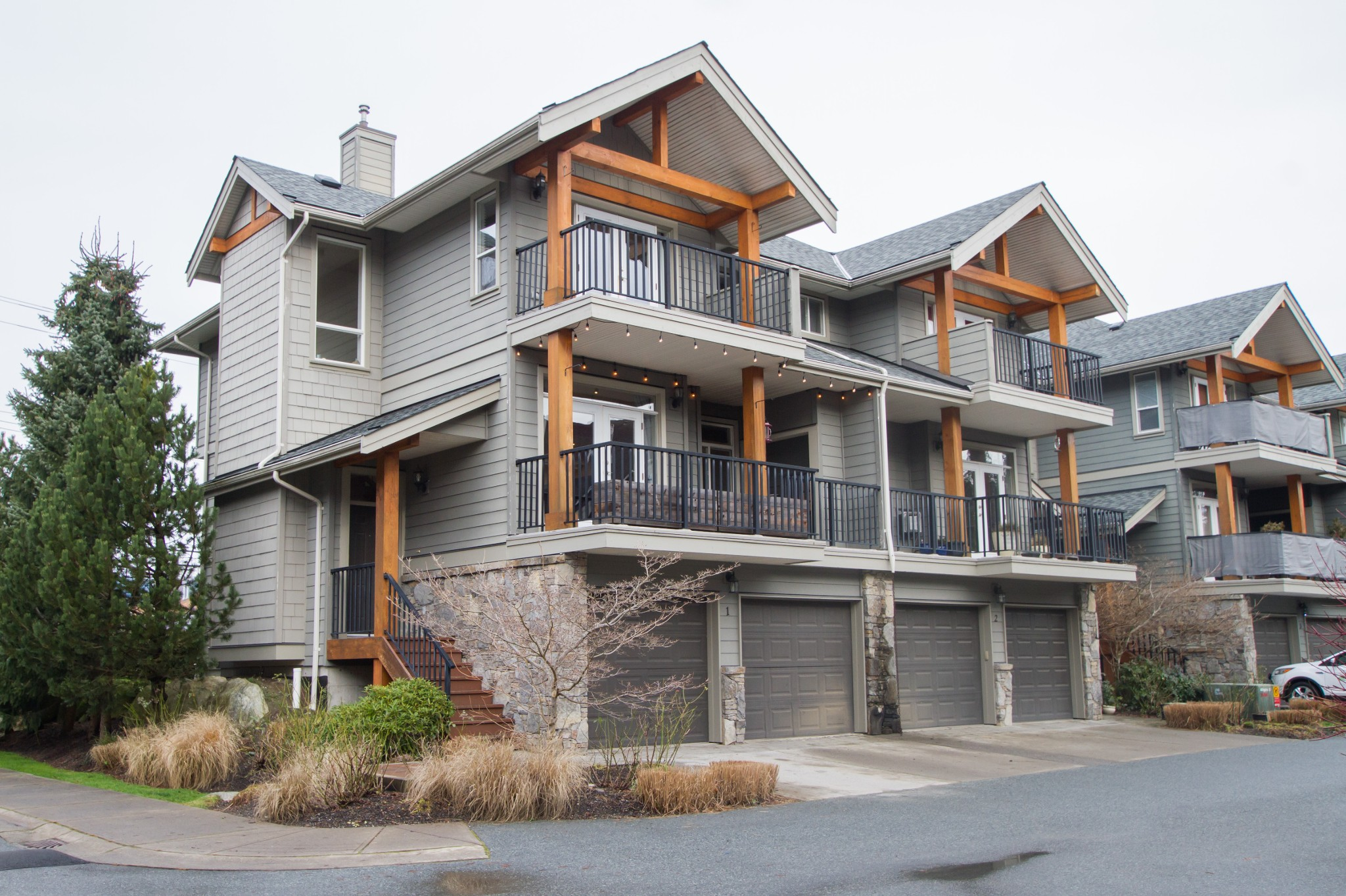 FEATURED LISTING: 1 - 39758 Government Road Squamish