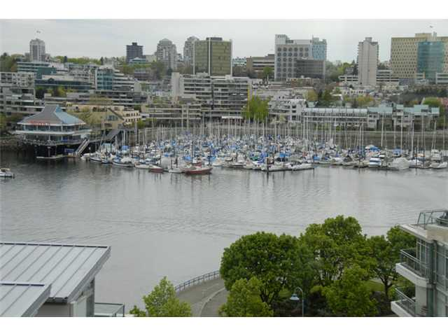 Main Photo: # 903 1228 MARINASIDE CR in Vancouver: Yaletown Condo for sale ()  : MLS® # V825377
