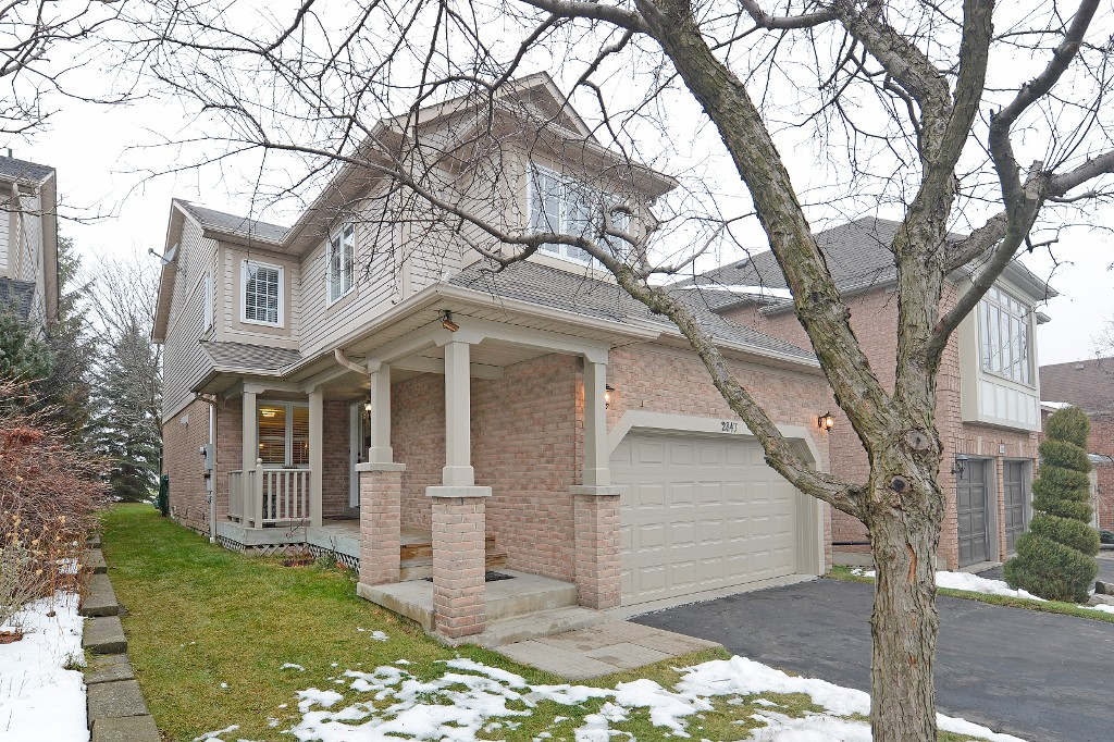 Photo 2: 2847 Castlebridge Drive in Mississauga: Central Erin Mills House (2-Storey) for sale : MLS® # W3082151